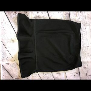 EXPRESS skirt, black, size xs with bow accent